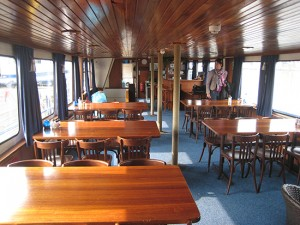 Salon Barge Amicitia