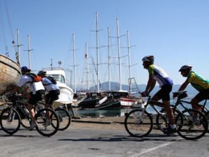 Turkey harbour cycling